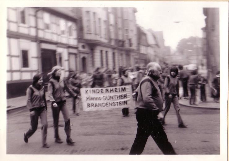 1981 - 1.Mai Umzug Kinderheim in Burg